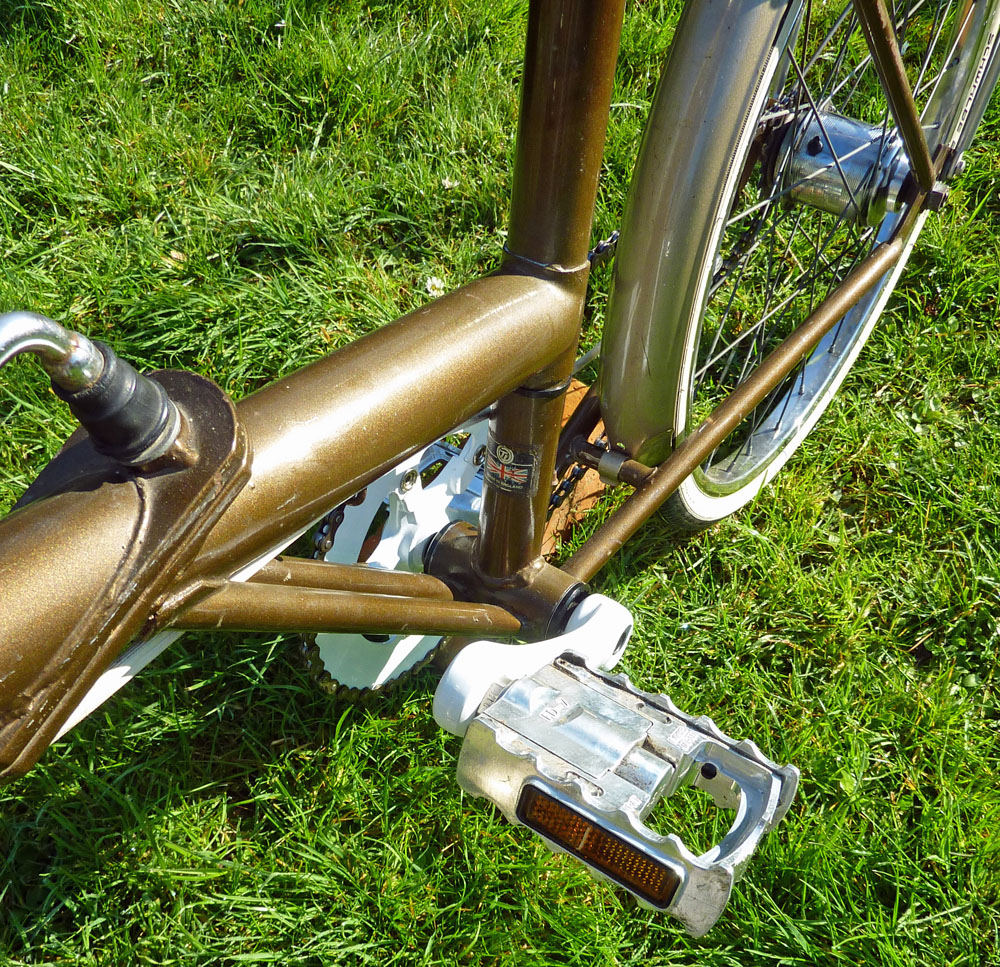 Another view of the MKS folding pedal.