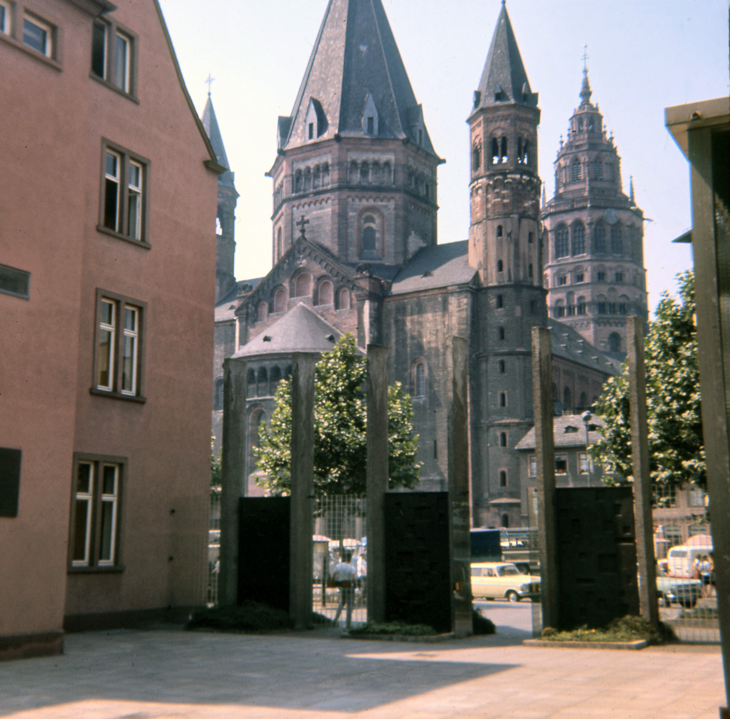 3 Mainz Cathedral T.jpg